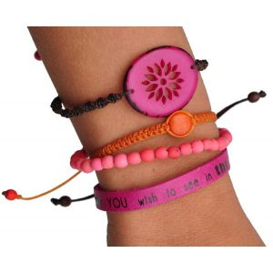 Colombianas - set of colourful handmade bracelets - fuchsia/coral