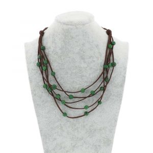 Paulina 5-string necklace with acai seeds - green