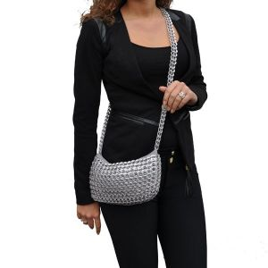 Paola shoulderbag from recycled ring pulls