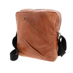 Cefalu - shoulderbag made of a recycled leather jacket