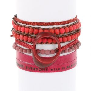 Colombianas - set of colourful handmade bracelets - pink - red - bordeaux