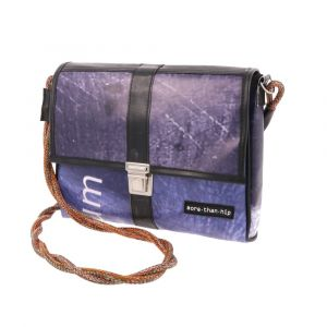 Small shoulderbag from recycled banner tarp. Hip & eco!