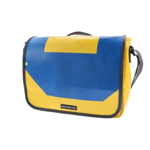 Sustainable 13,3 inch laptop bag from recycled truck tarpaulin - Paris